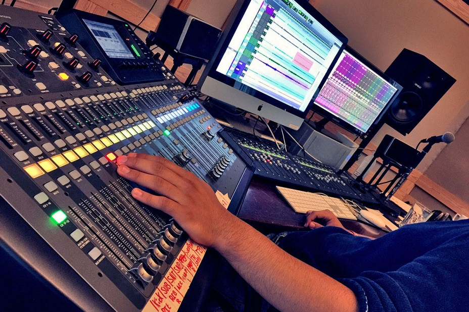 Become a Sound Engineer